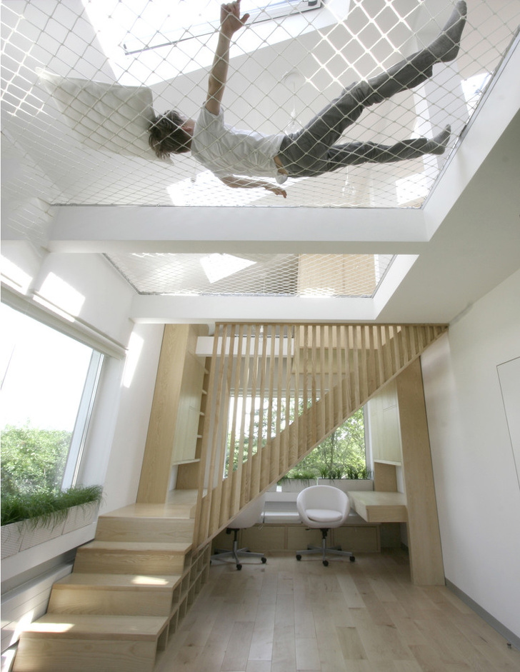 3 - Take relaxation to another level with these hammock floors.