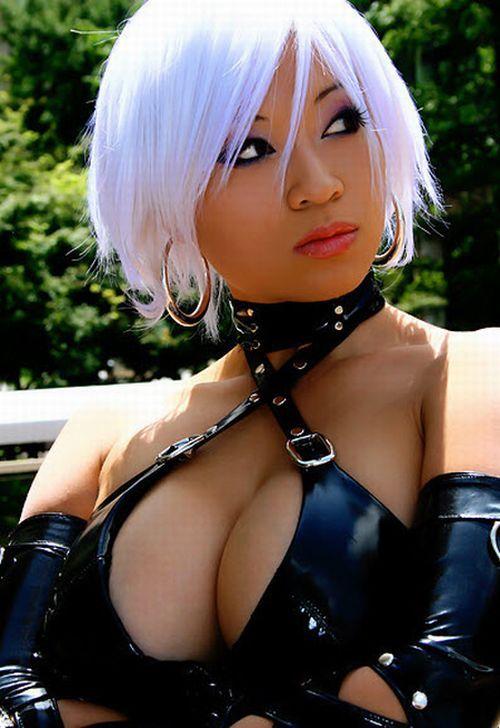 Sexy light skinned black girl