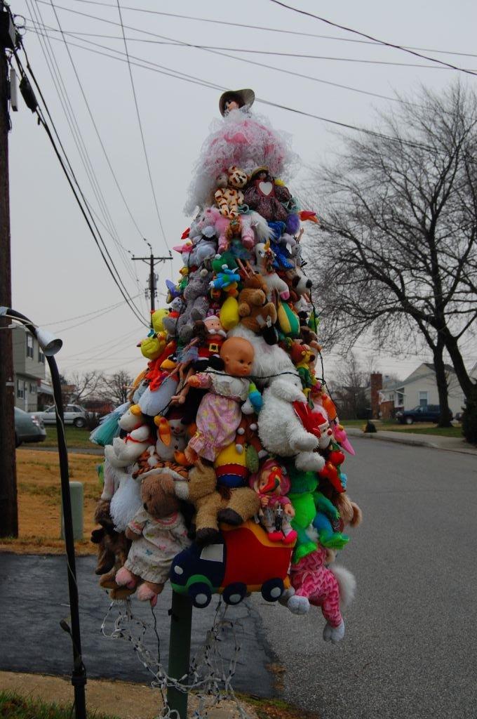 1 ugly xmas trees - Ugly Christmas Trees