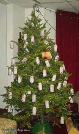 15 ugly xmas trees - Ugly Christmas Trees