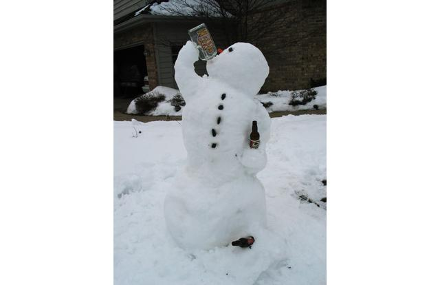 23 - Snowman drinking beer in Minnesota Minnesota