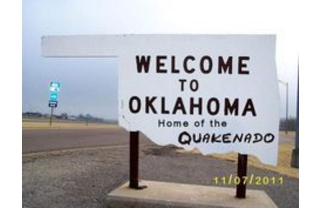 36 - Welcome to Oklahoma sign home of the Quakenado Oklahoma