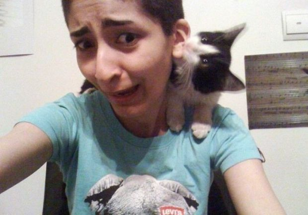 11 - 22 Women Who Ignite Unexplainable Hate In Animals