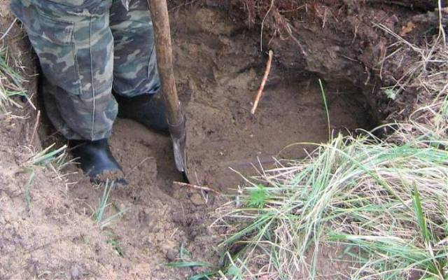 1 - Guys in Russia found something weird while digging...