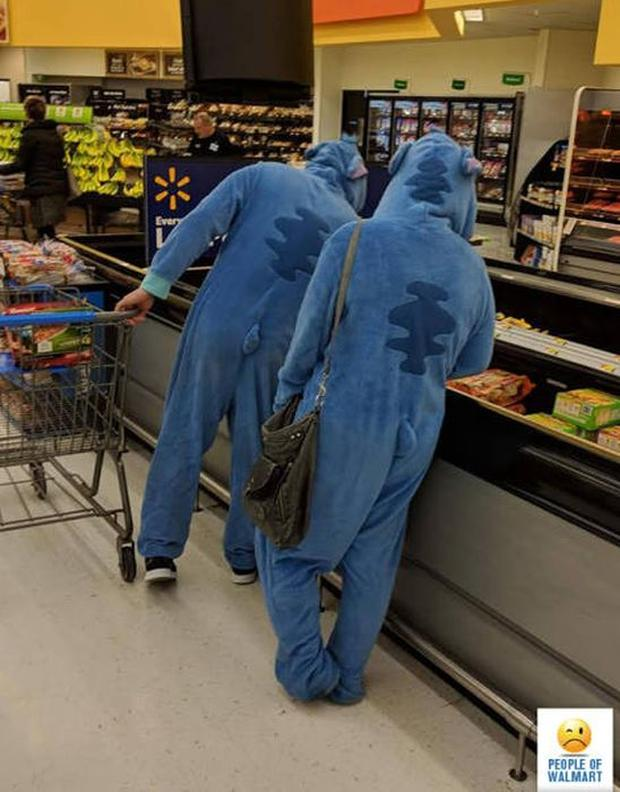 1 - 27 Photos That Could've Been Taken Only In Walmart