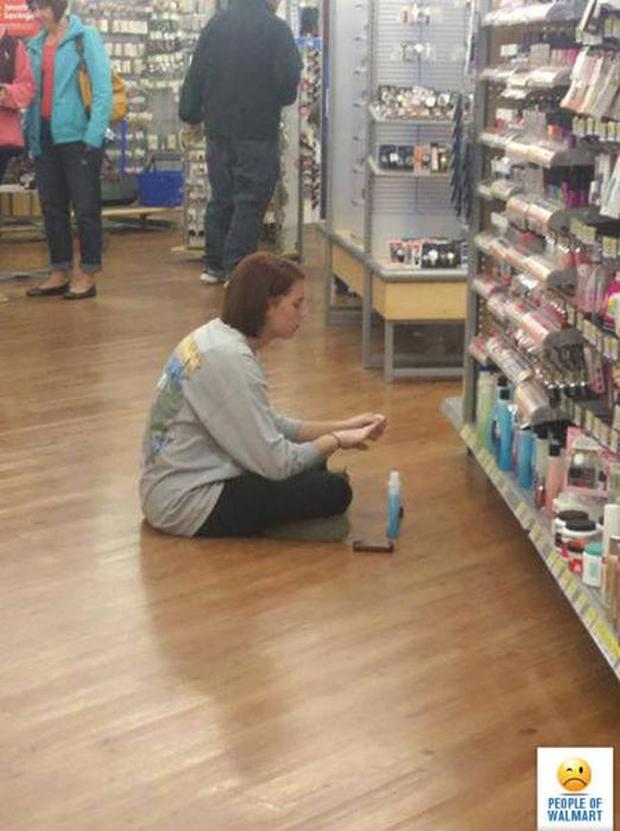 5 - 27 Photos That Could've Been Taken Only In Walmart