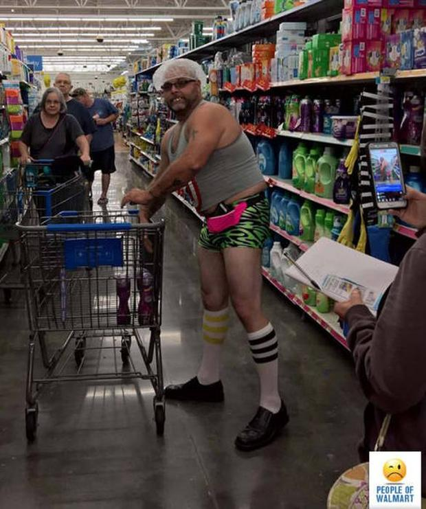 8 - 27 Photos That Could've Been Taken Only In Walmart