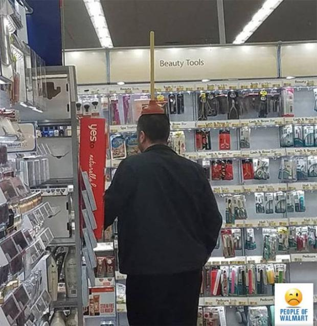 15 - 27 Photos That Could've Been Taken Only In Walmart