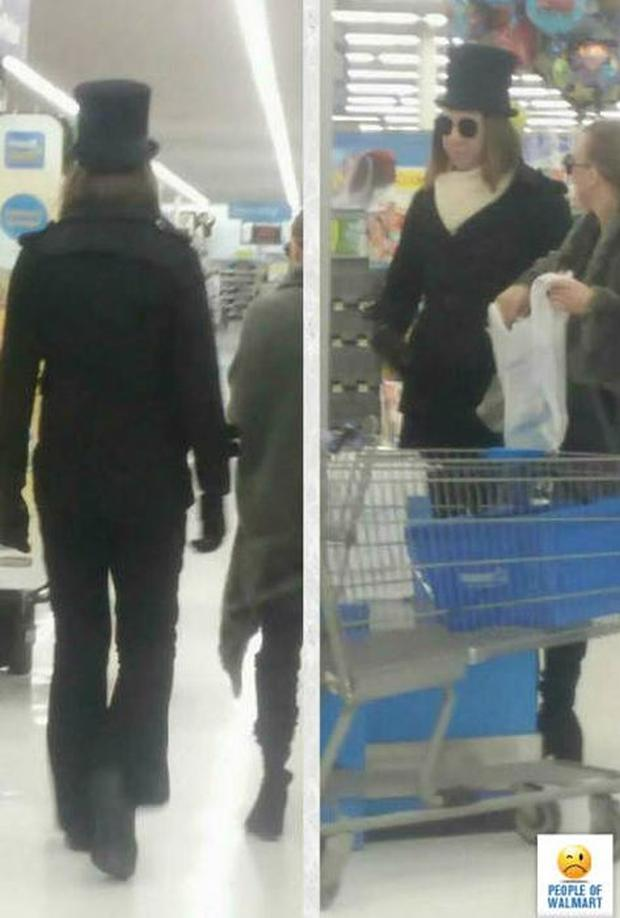 24 - 27 Photos That Could've Been Taken Only In Walmart