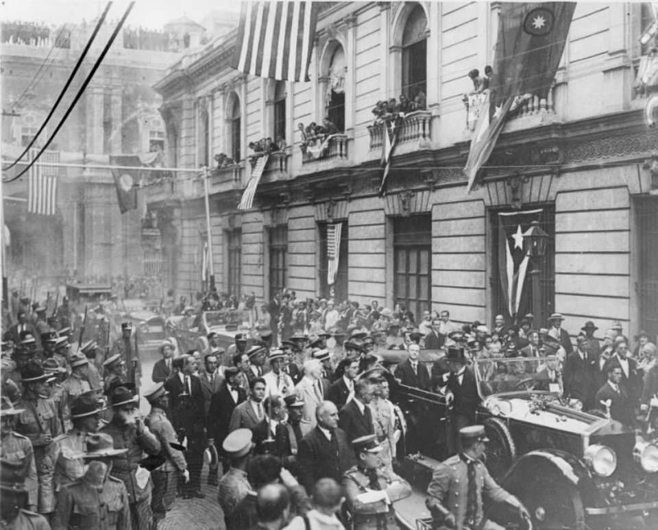 21 - US President Calvin Coolidge visiting Havana, Cuba in 1928.