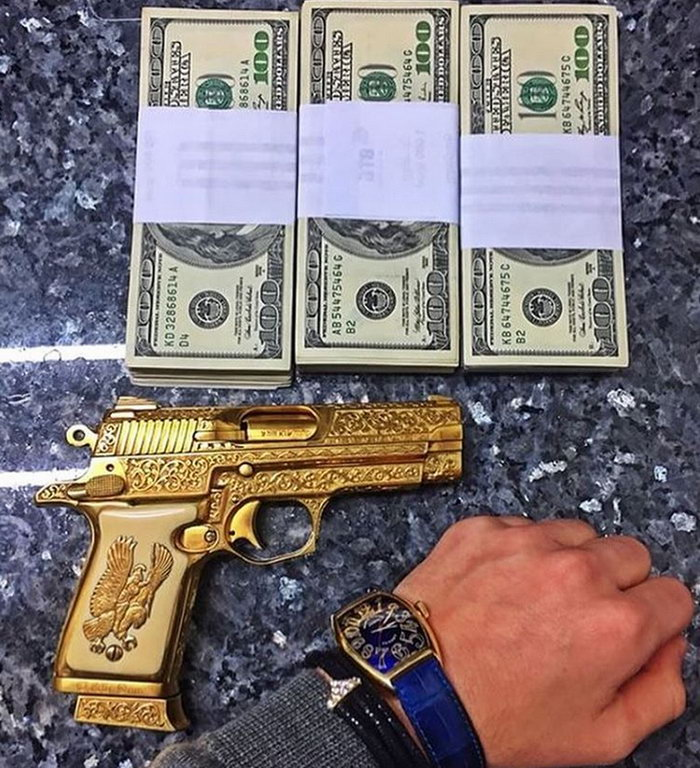8 - 13 Pics Of Rich Kids Who Show Off Their Parents Wealth On Instagram