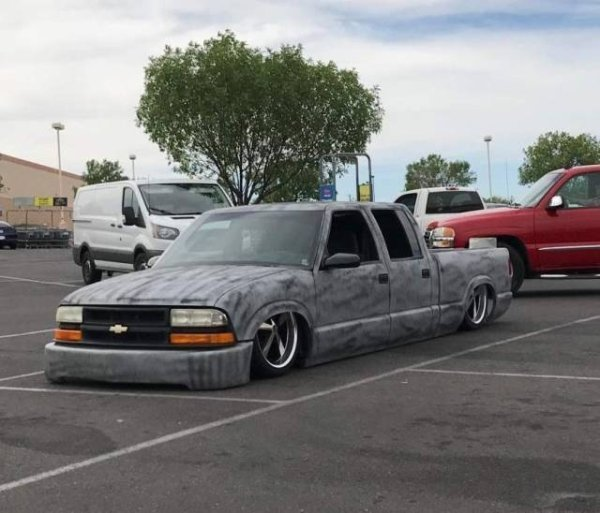 22 - 24 Redneck Car Modifications That Will Make You Doubt The Sanity Of Their Owners