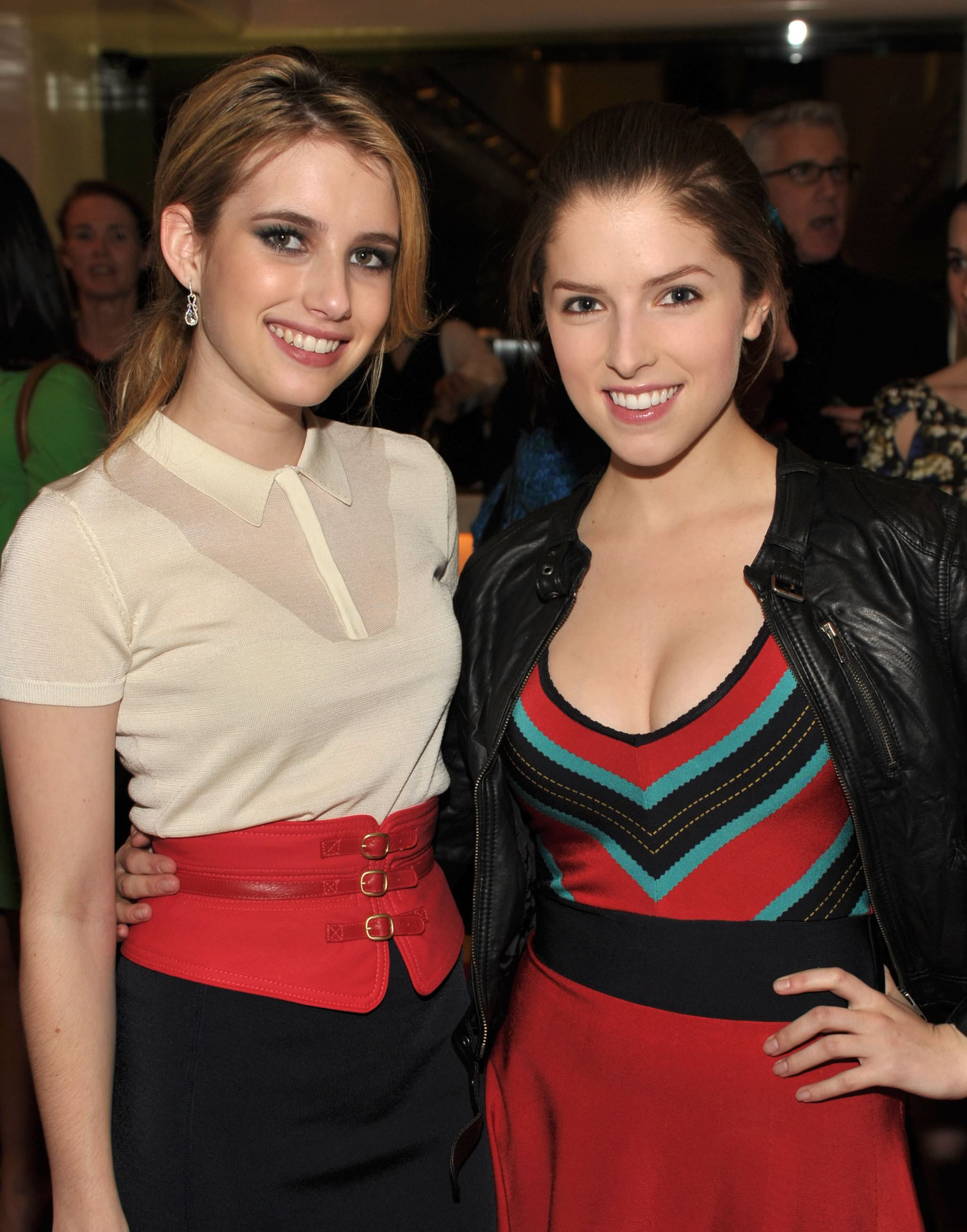 34 - Emma Roberts with Anna Kendrick
