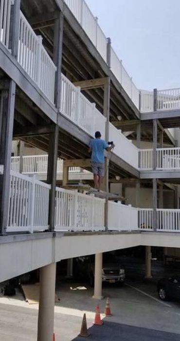 """18 - 19 People Who Might Get Introduced To The Phrase """"Safety First"""" The Hard Way"""