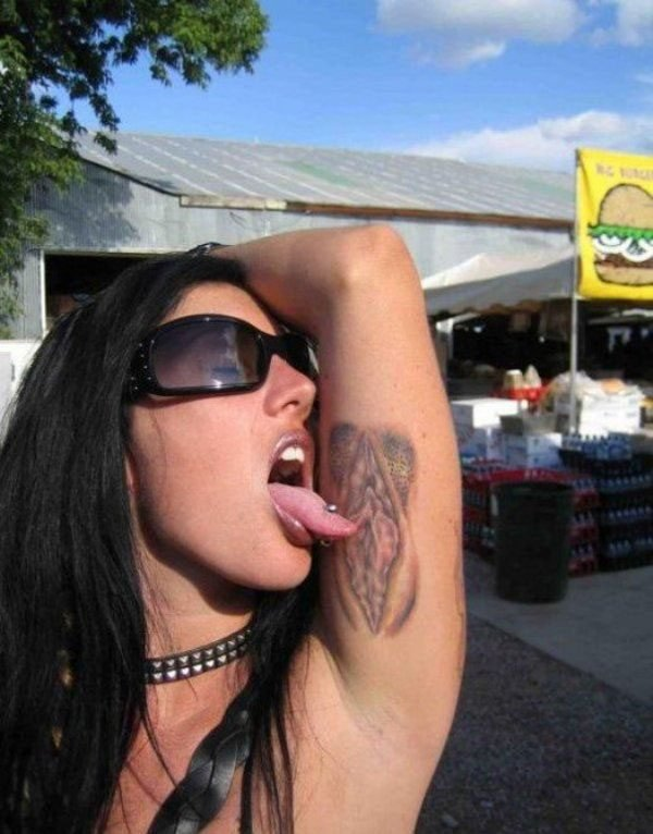 Clitoris Tattoo