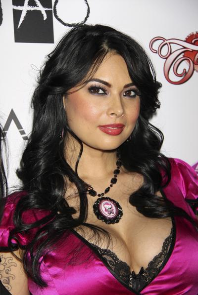 Babe latina xxx