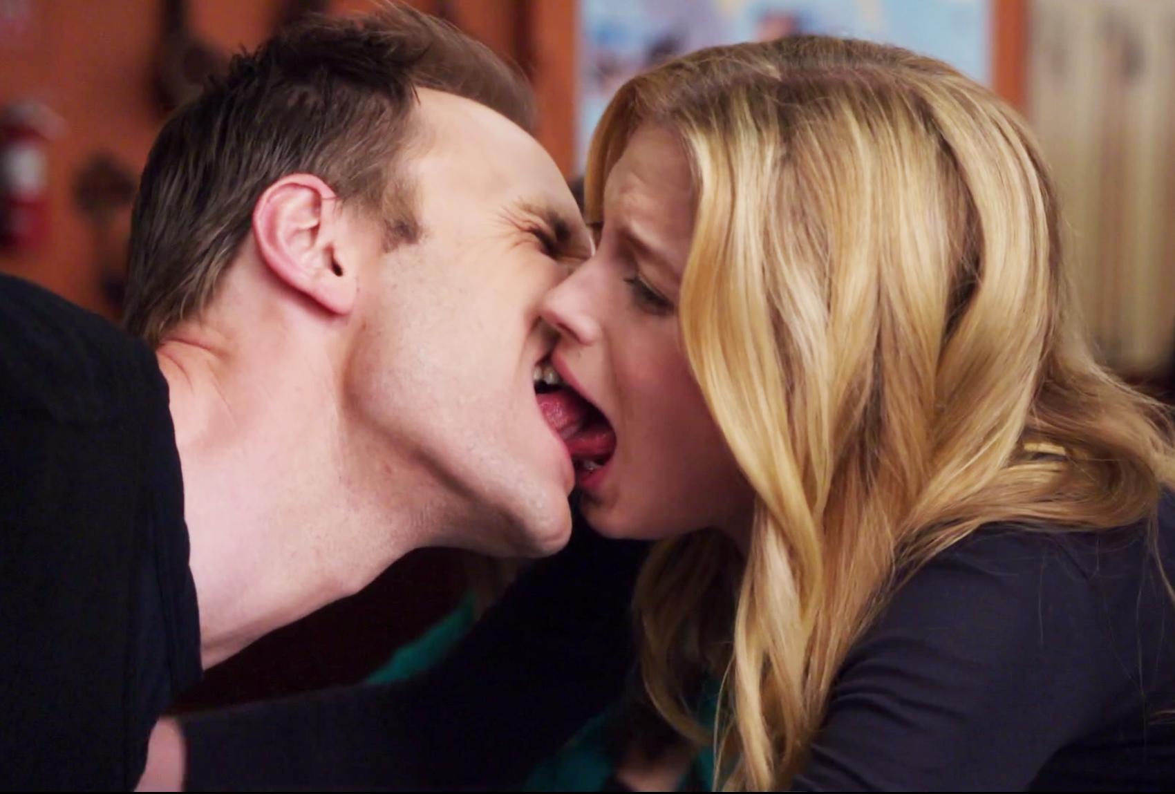 Bildresultat för awkward kiss