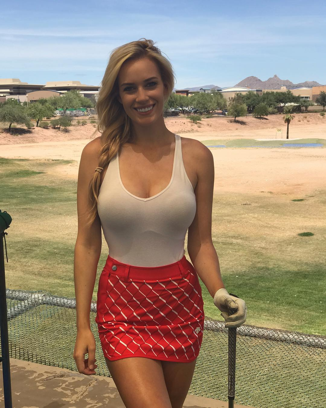 15 - Paige Spiranac Is The Hottest Professional Female Golfer in History