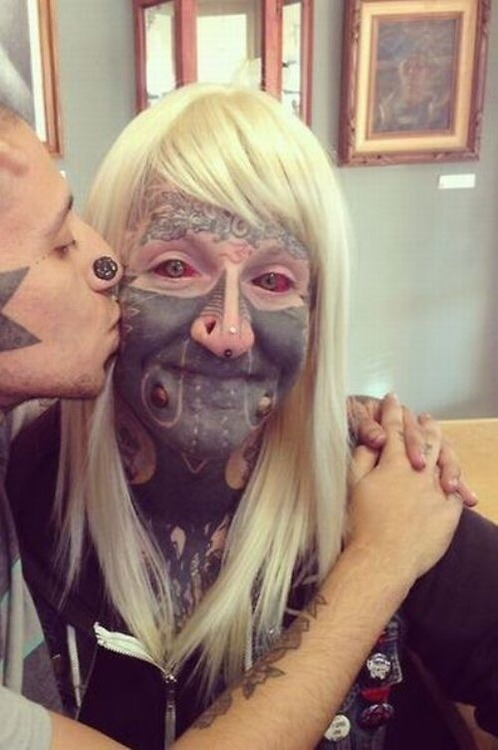 Par tetovējumiem - Page 8 84352521