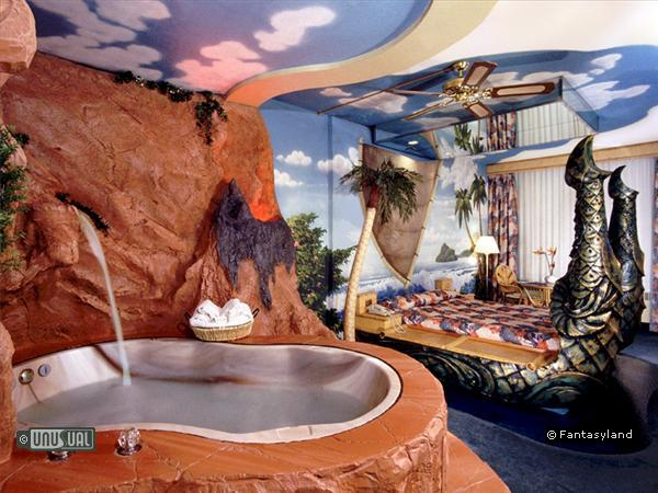 23 Awsome Themed Hotel Rooms