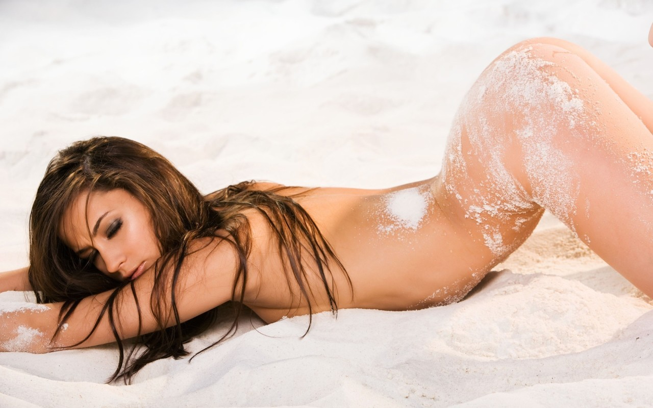 Hd babes hot beach