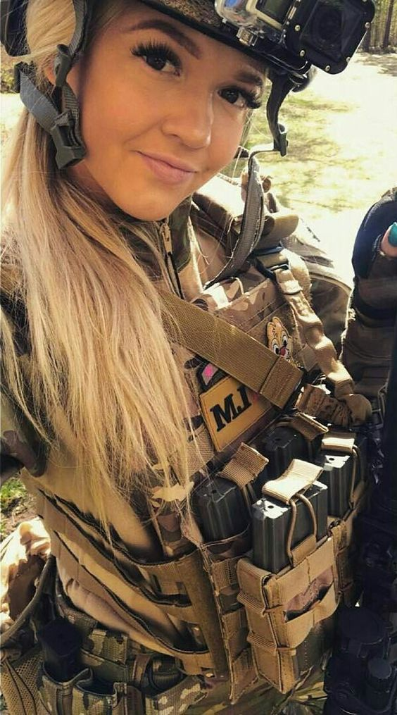 7 - 36 Badass Military Girls That Will Make You Want Women Register For The Draft