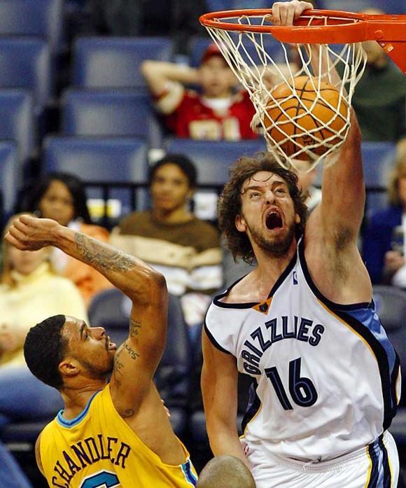 Basketball Slam Dunks - Gallery