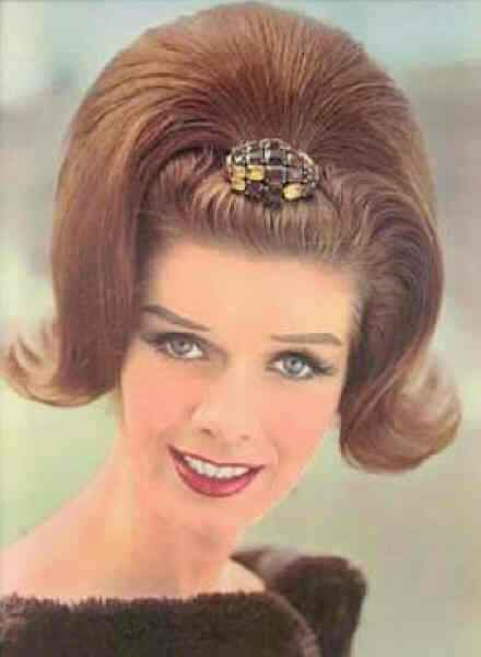 500 Years of Women\'s Hairstyles - Gallery | eBaum\'s World