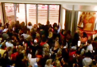 Victoria Secrets Black Friday Mayhem!