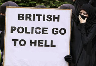Are Muslim Extremists Invading Britain?