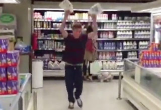 Guy Breaks His Jaw While Gallon Smashing