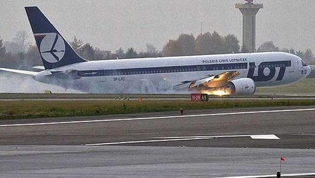 A Polish 767 lands Without Landing Gear view on ebaumsworld.com tube online.