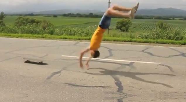 Skateboard Backflip Major Fail Fail Video Ebaum S World