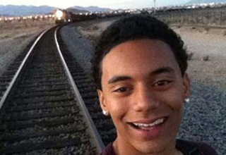 selfie with oncoming train