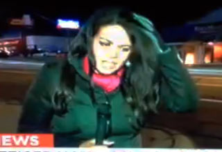 cnn reporter hit in the head by rock