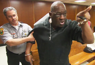 father confronting son's killer in court
