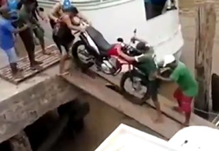 guys loading motorcycle fail