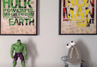 hulk action figure and iron man