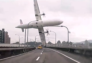 transasia plane crashes into bridge
