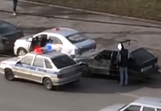guys hitching broken down car to bus and crash police show
