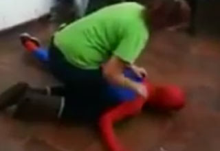 spiderman koncked out after failed backflip
