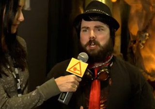 Weird Gamer Guy Reacts To Warcraft Trailer