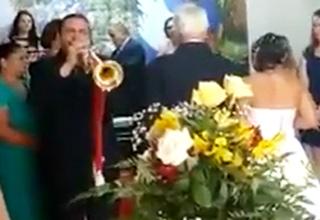 Worst Wedding March Performance Ever