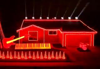 Spectacular Star Wars Themed Christmas Light Show