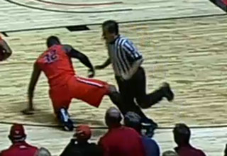 Oregon State Player Trips Referee After Not Getting A Call He Wanted