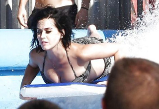 Katy Perry Loses Bikini At The Water Park