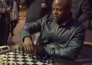 Chess Grandmaster Schools Trash-Talking Old Man in Park