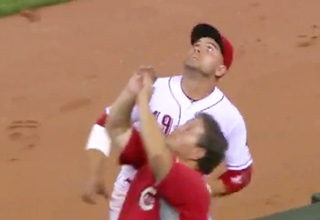 Joey Votto Punks Fan, Then Apologizes