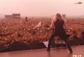Metallica playing to 500000 people in moscow at the monsters of rock concert