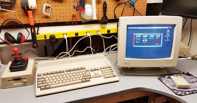 Amiga 500 computer found on Craigslist